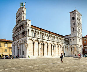 LUCCA'S CHURCHES